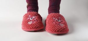 10 Best Toddler Slippers Review & Rated In 2021